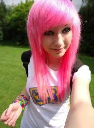 scene Myspace girl pink hair